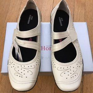 Ros Hommerson Chelsea Winter White 10W New